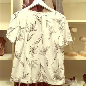 Chiffon blouse with floral design